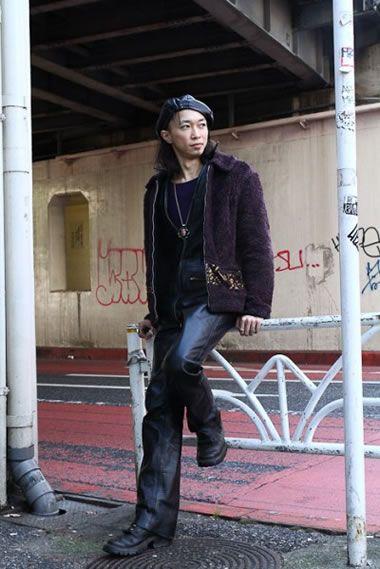 2012年东京潮男街拍 睡衣上街凹造型
